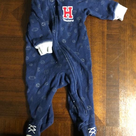 Carter's Other - 🍼 Carters zip up jammies!